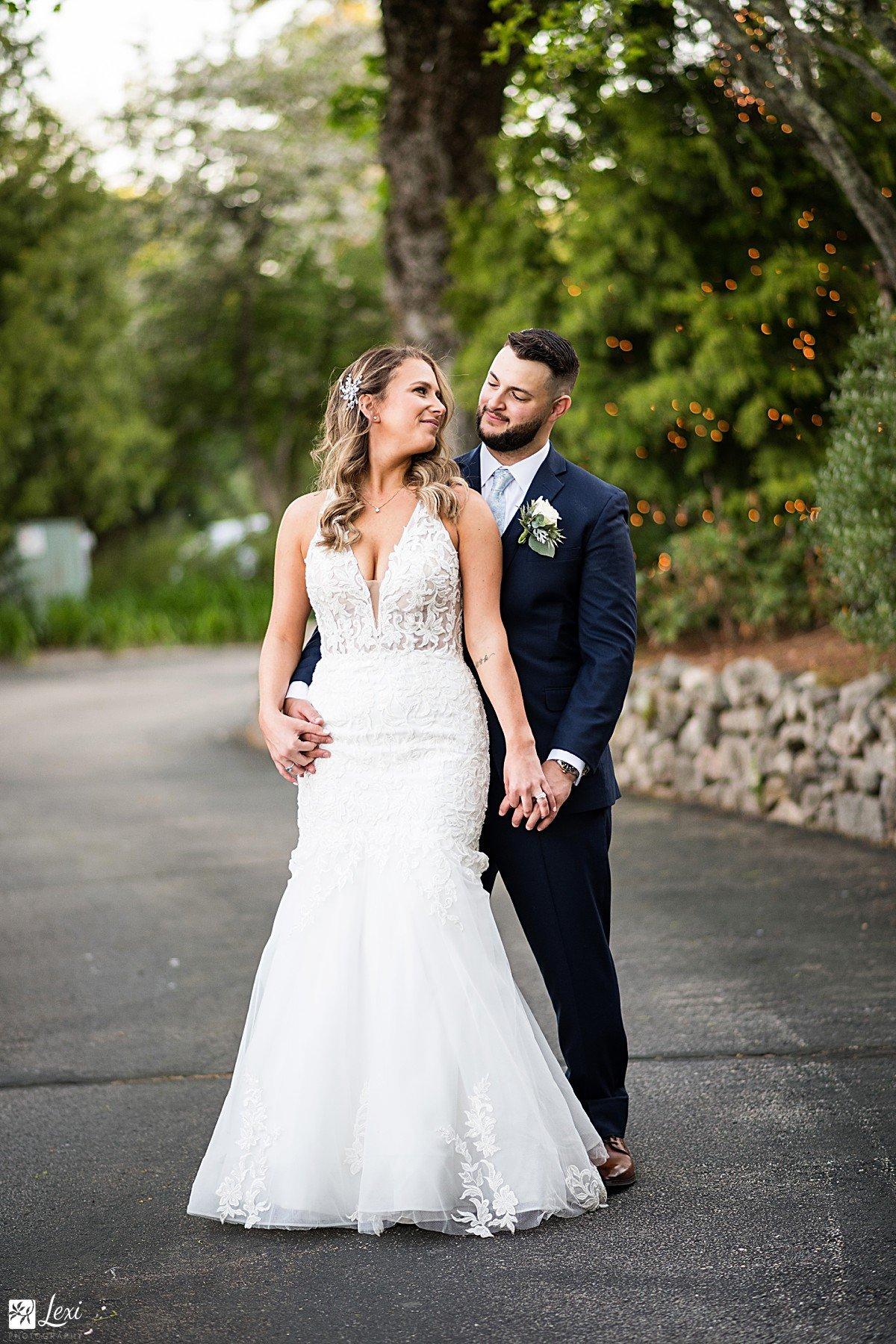 bedford-village-inn-wedding-bride-and-groom-twinkle-lights.jpg