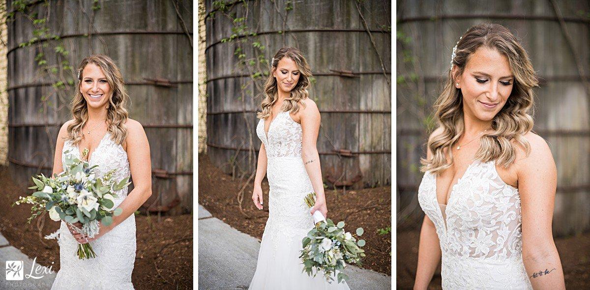 bedford-village-inn-wedding-bride-portraits-green-and-white-bouquet.jpg